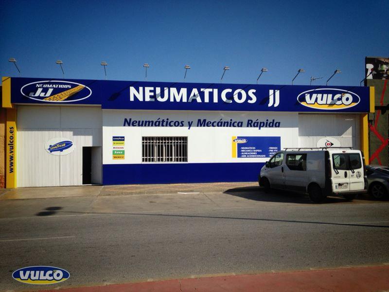 NEUMÁTICOS J.J.