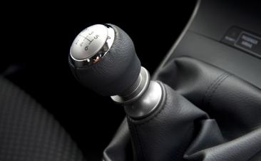 La clave para cuidar el cambio manual está en la forma de conducir