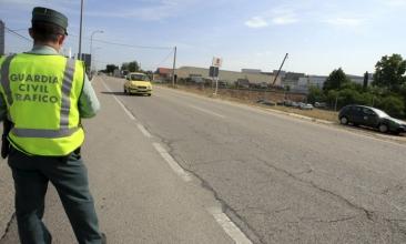 Nueva campaña de vigilancia de la DGT en carreteras convencionales
