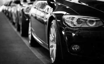¿Sabes cuántos coches por habitante tiene tu provincia?