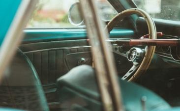 ¿Qué está más sucio: el volante de tu coche o la tapa de un váter público?