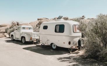 Límites de velocidad para viajar con caravana