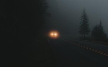 ¿Sabes cuál es el alcance de las luces largas?