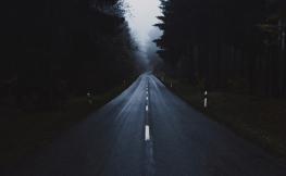 Cómo conducir con placas de hielo en la carretera