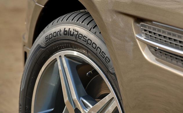 Comprueba el buen estado de tus neumáticos en otoño